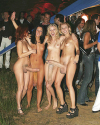 DICK GIRLS NIGHT OUT