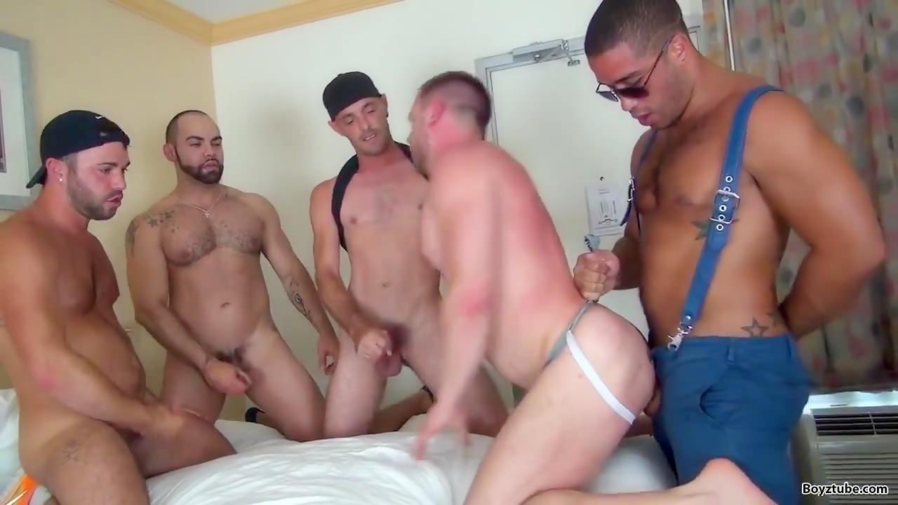 Brett  Bradley  Featuring  In  A  Raw  Group  Fuck  Scene