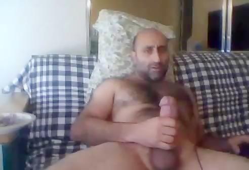 Hung Arab Dad